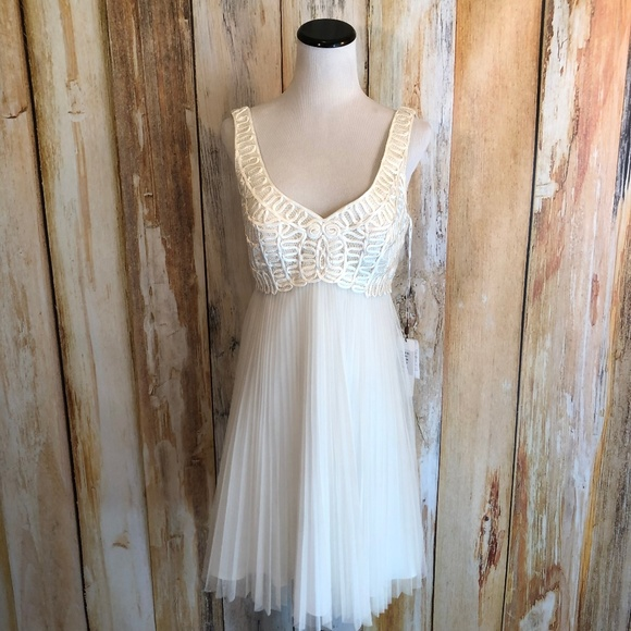 Sue Wong Dresses & Skirts - Sue Wong Nocturne Ivory Cocktail Dress sz 6 NWT!